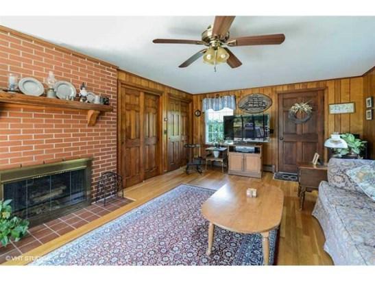 380 Mooresfield Rd, South Kingstown, RI - USA (photo 4)