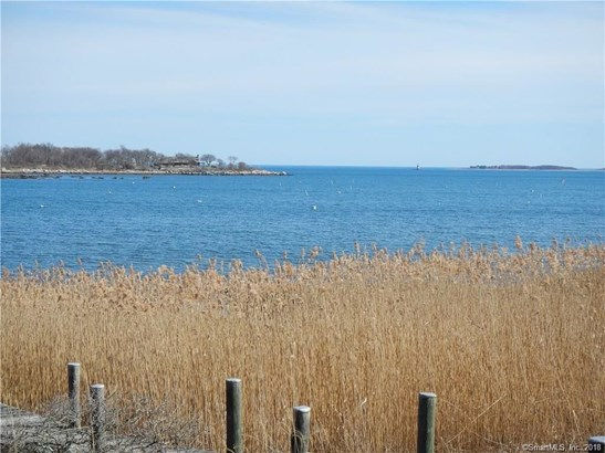 19 Chippechaug Trail, Stonington, CT - USA (photo 3)