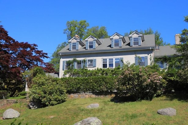 8 Ocean View Hwy, Westerly, RI - USA (photo 1)