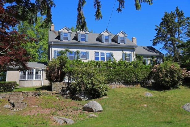 8 Ocean View Hwy, Westerly, RI - USA (photo 2)