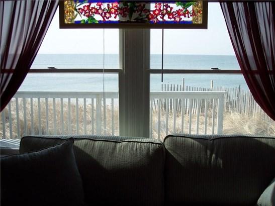 919 Matunuck Beach Rd, South Kingstown, RI - USA (photo 4)