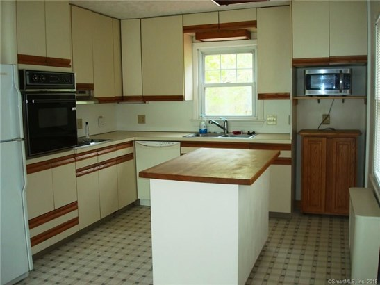 25 Soljer Drive, Waterford, CT - USA (photo 2)