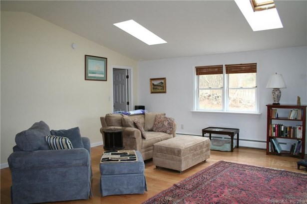 30 North Wawecus Hill Road, Norwich, CT - USA (photo 3)