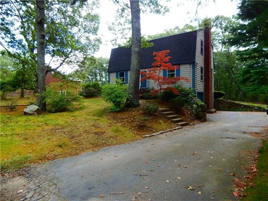443 Camp Av, North Kingstown, RI - USA (photo 1)