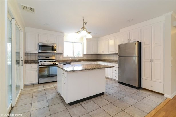211 Laurel Lane, South Kingstown, RI - USA (photo 4)