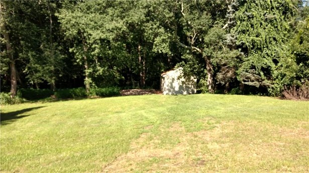 586 Old Colchester Road, Montville, CT - USA (photo 3)