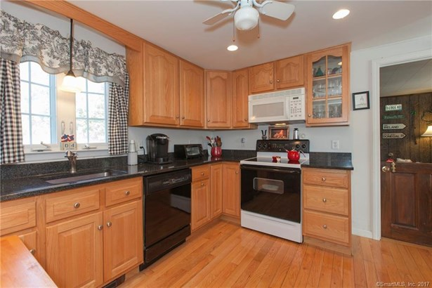 Single Family For Sale, Colonial - Old Saybrook, CT (photo 5)