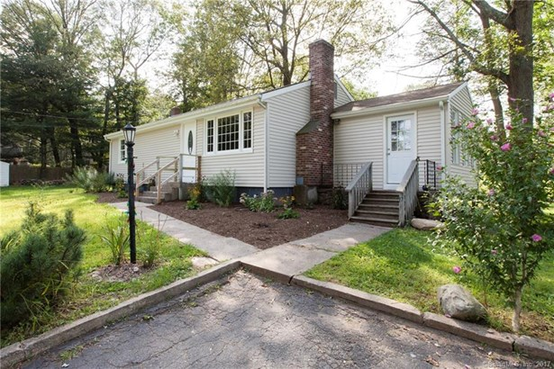Single Family For Sale, Ranch - Haddam, CT (photo 2)