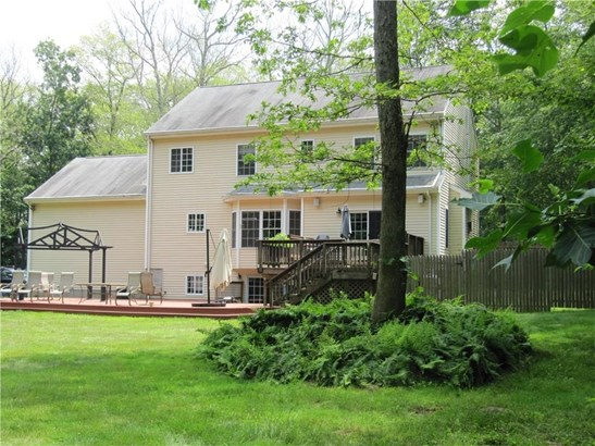 Single Family For Sale, Colonial - Haddam, CT (photo 4)