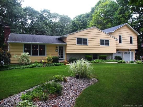 Single Family For Sale, Split Level - Madison, CT (photo 1)