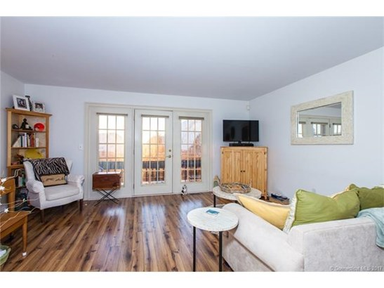 Townhouse, Condominium - East Haven, CT (photo 2)