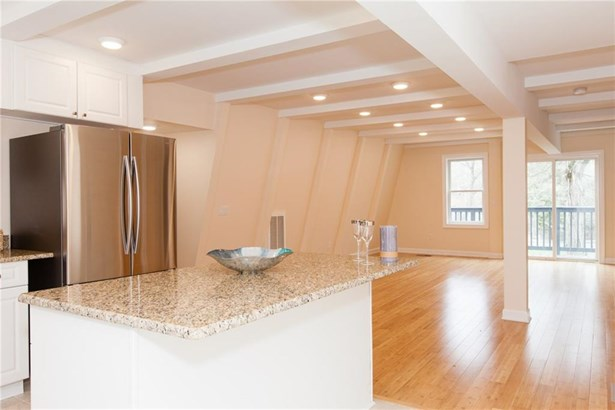 Single Family For Sale, Contemporary - Westbrook, CT (photo 5)