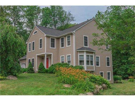 Single Family For Sale, Colonial - East Lyme, CT (photo 2)
