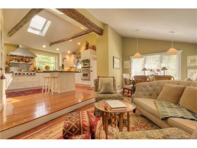 Single Family For Sale, Antique,Colonial - Hamden, CT (photo 1)