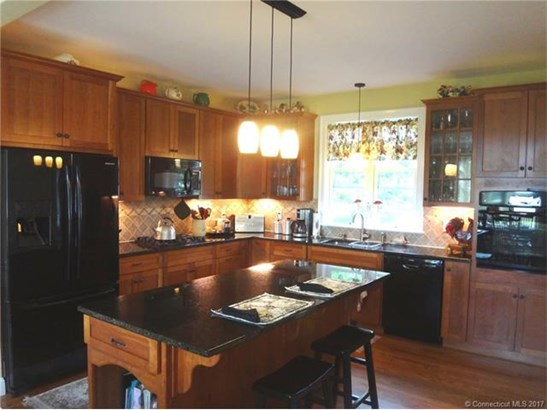 Single Family For Sale, Cape Cod - Old Saybrook, CT (photo 5)