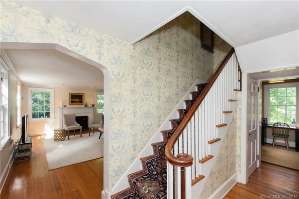 Single Family For Sale, Colonial - Orange, CT (photo 5)
