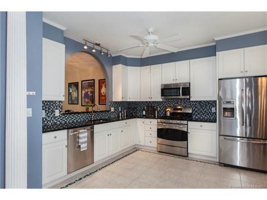Condo,Row House, Condominium - Wallingford, CT (photo 2)