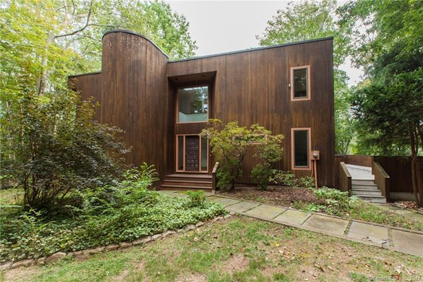 Single Family For Sale, Contemporary - Guilford, CT (photo 1)