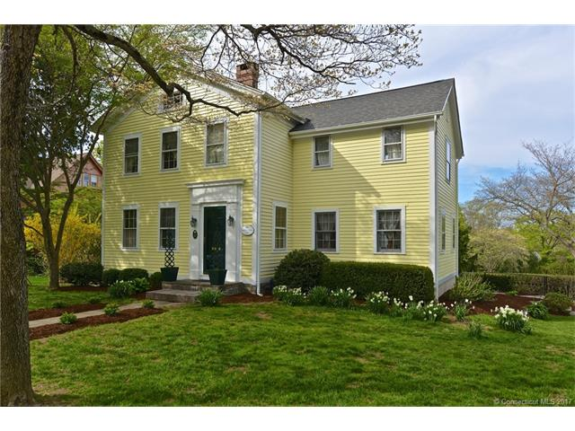 Single Family For Sale, Colonial - Essex, CT (photo 1)