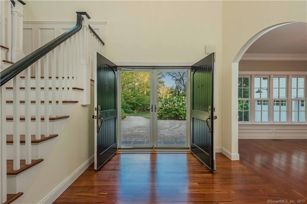 Single Family For Sale, Colonial - Essex, CT (photo 4)