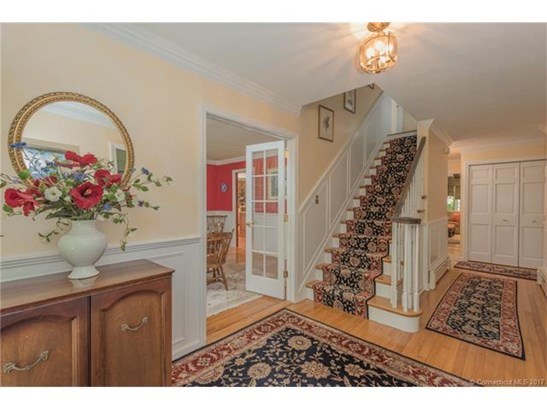 Single Family For Sale, Colonial - Old Lyme, CT (photo 2)