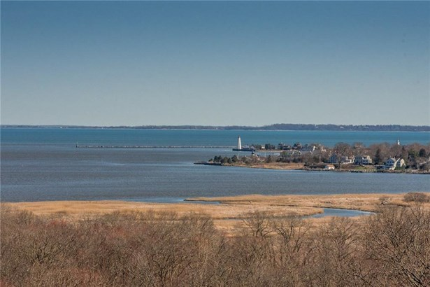 Single Family For Sale, Contemporary - Old Saybrook, CT (photo 4)