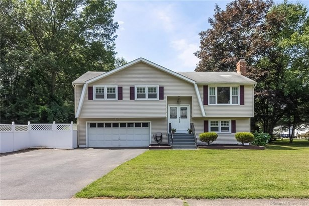 Single Family For Sale, Raised Ranch - Wallingford, CT (photo 1)