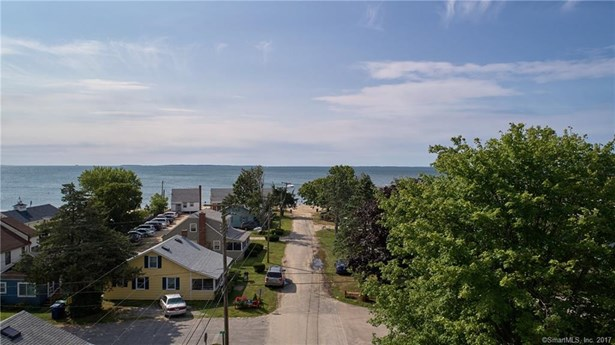 Single Family For Sale, Cape Cod - Old Lyme, CT (photo 3)