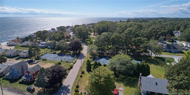 Single Family For Sale, Cape Cod - Old Lyme, CT (photo 5)