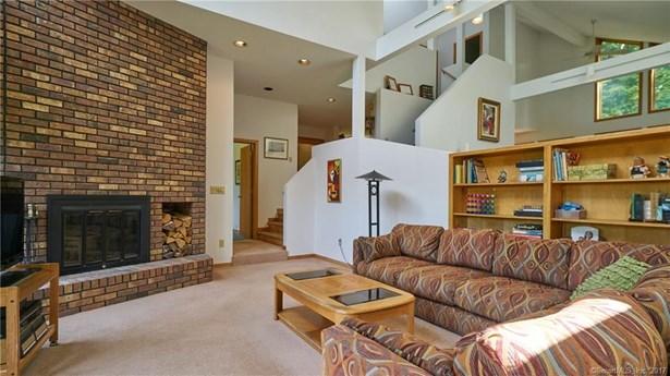 Single Family For Sale, Contemporary - Haddam, CT (photo 5)