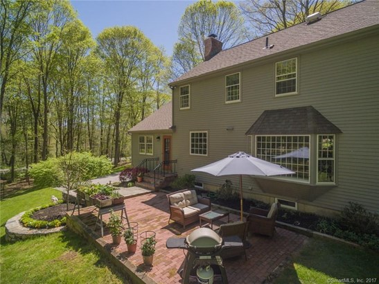 Single Family For Sale, Colonial - Essex, CT (photo 5)