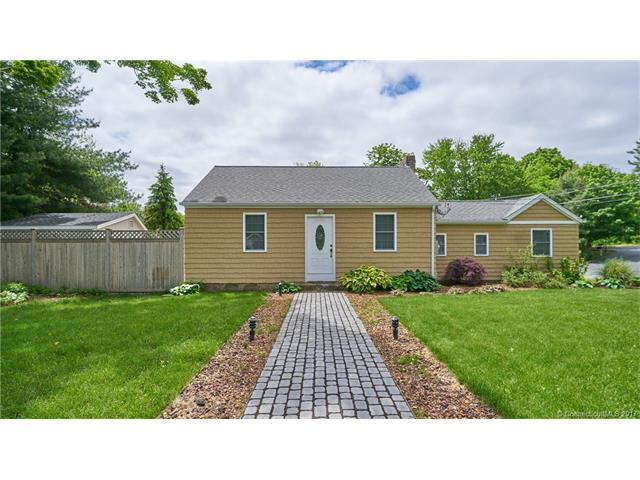 Single Family For Sale, Ranch - Old Saybrook, CT (photo 2)