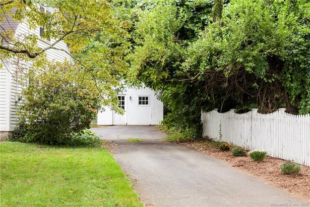 Single Family For Sale, Cape Cod - Deep River, CT (photo 4)