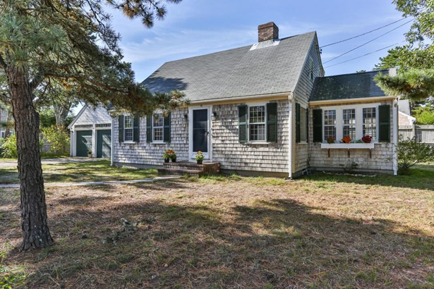 16 Pine Needle Lane, Harwich, MA - USA (photo 1)