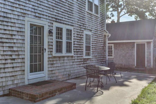 16 Pine Needle Lane, Harwich, MA - USA (photo 4)