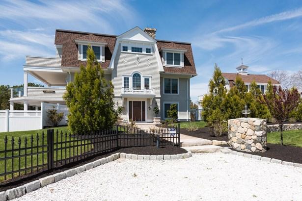 45-47 Cove Lane, Bourne, MA - USA (photo 2)