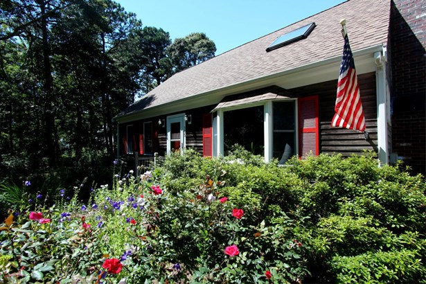 305 Satucket Road, Brewster, MA - USA (photo 2)