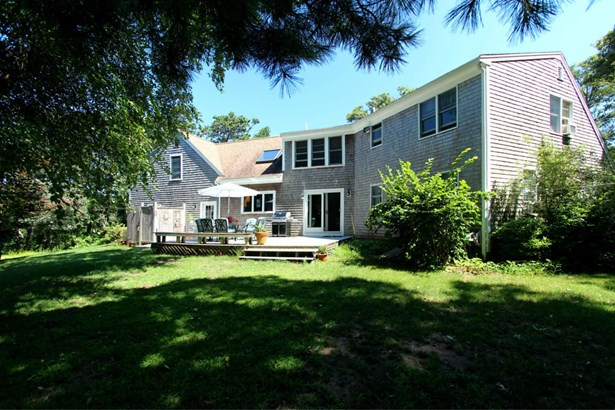 305 Satucket Road, Brewster, MA - USA (photo 4)