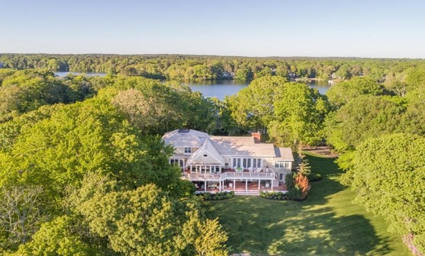 286 Holly Point Road, Barnstable, MA - USA (photo 1)