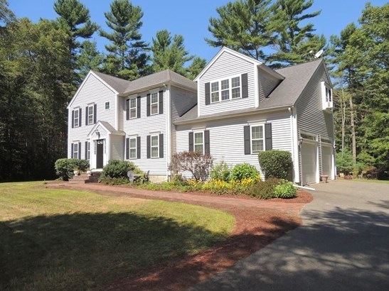 16 Whispering Pines, Middleboro, MA - USA (photo 1)
