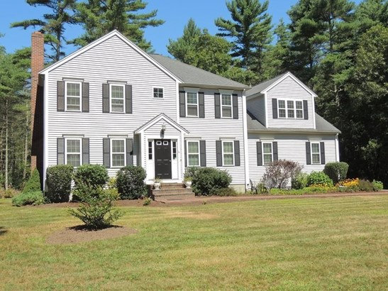 16 Whispering Pines, Middleboro, MA - USA (photo 2)