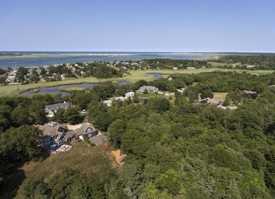 87 Deacon Court, Barnstable, MA - USA (photo 2)