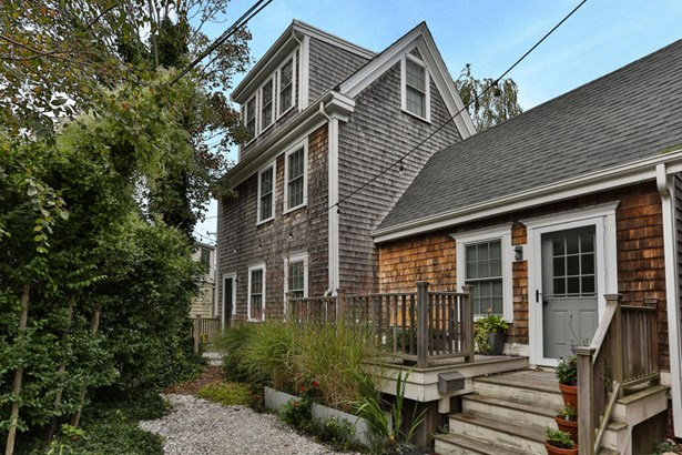 284 Commercial Street B6, Provincetown, MA - USA (photo 1)