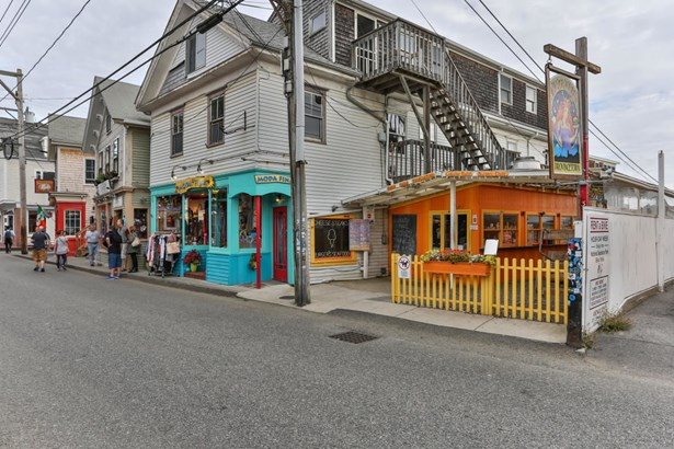 331 Commercial Street, Provincetown, MA - USA (photo 1)