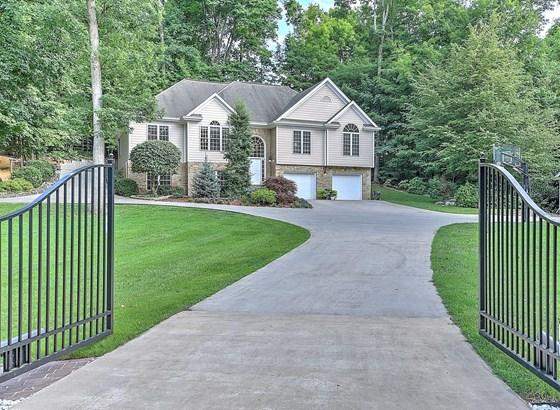 Single Family Residence, 2 Story,Split Foyer - Kingsport, TN