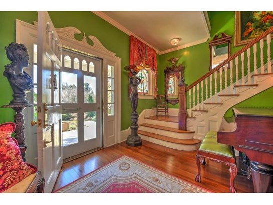 2 Story,Traditional,Victorian - Bristol, TN (photo 2)