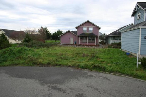 2207 Karen Court, Arcata, CA - USA (photo 1)