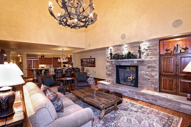 61 Avondale Lane # 209, Beaver Creek, CO - USA (photo 1)