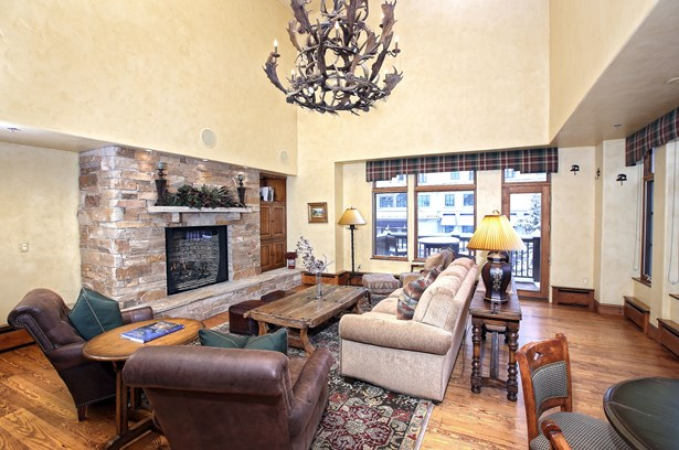 61 Avondale Lane # 209, Beaver Creek, CO - USA (photo 2)