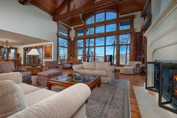 801 Strawberry Park Road, Beaver Creek, CO - USA (photo 2)